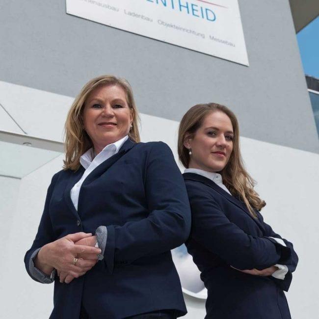 Geschäftsfürende Gesellschafterin Christel Schmitt & Geschäftsführerin Elena Schmitt.